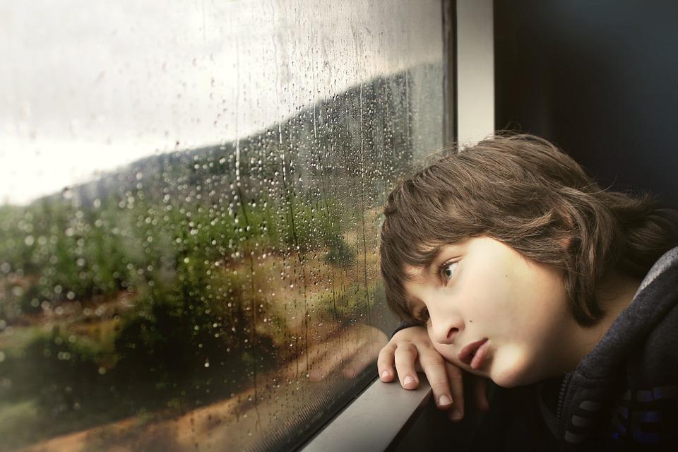 Psychologue à Forest pour la santé de votre enfant après un deuil