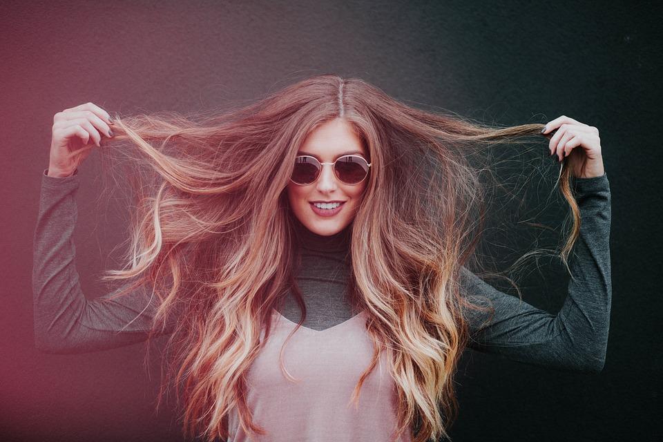 Comment lutter contre les cheveux secs?